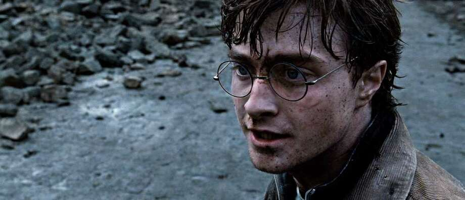 DANIEL RADCLIFFE as Harry Potter in Warner Bros. PicturesâÄô fantasy adventure âÄúHARRY POTTER AND THE DEATHLY HALLOWS âÄì PART 2,âÄù a Warner Bros. Pictures release. Photo: Photo Courtesy Of Warner Bros. P