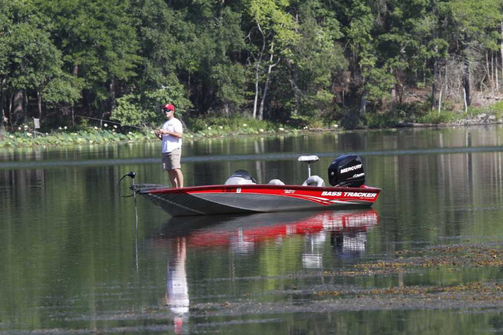 Texas anglers favored in bass classic on lake conroe for Lake conroe fishing