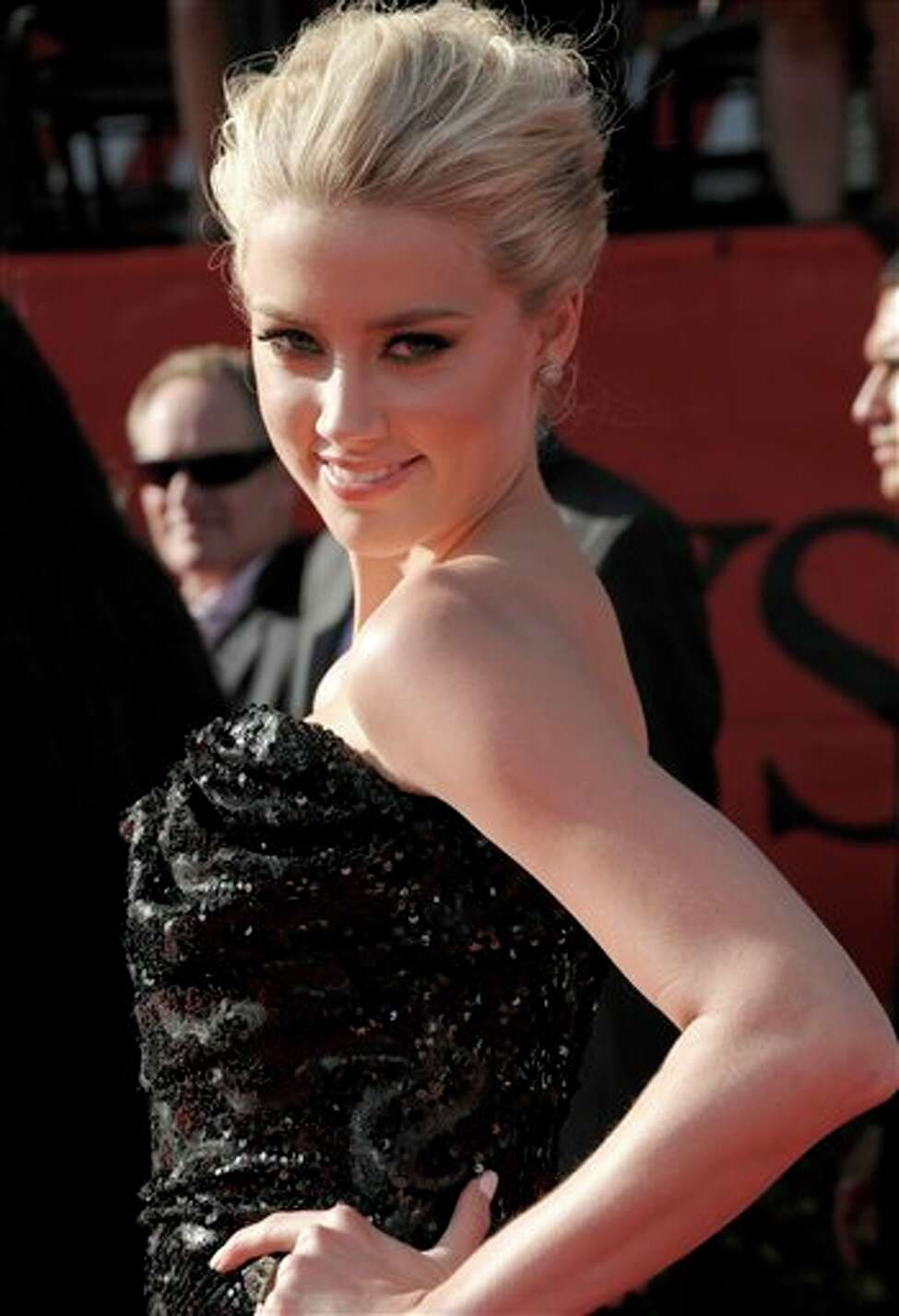 Actress Amber Heard arrives at the ESPY awards on Wednesday, July 13, 2011, in Los Angeles. (AP Photo/Dan Steinberg)