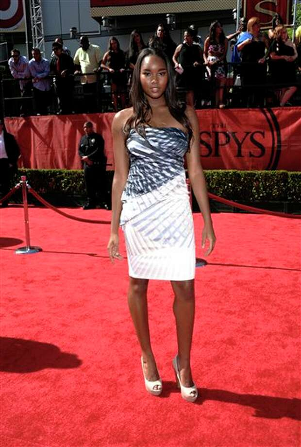 Model Damaris Lewis arrives at the ESPY awards on Wednesday, July 13, 2011, in Los Angeles. (AP Photo/Dan Steinberg) Photo: Associated Press
