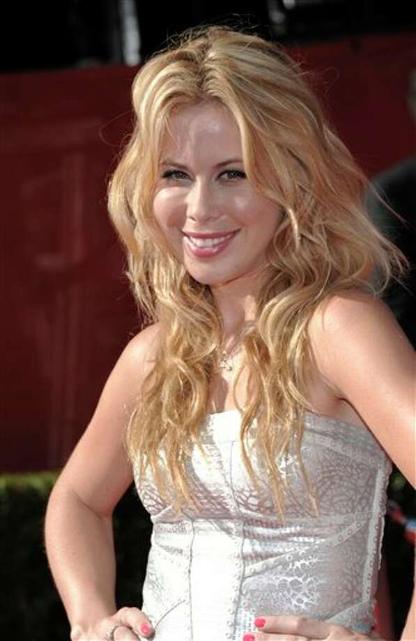 Figure skater Tara Lipinski arrives at the ESPY awards on Wednesday, July 13, 2011, in Los Angeles. (AP Photo/Dan Steinberg) Photo: Associated Press