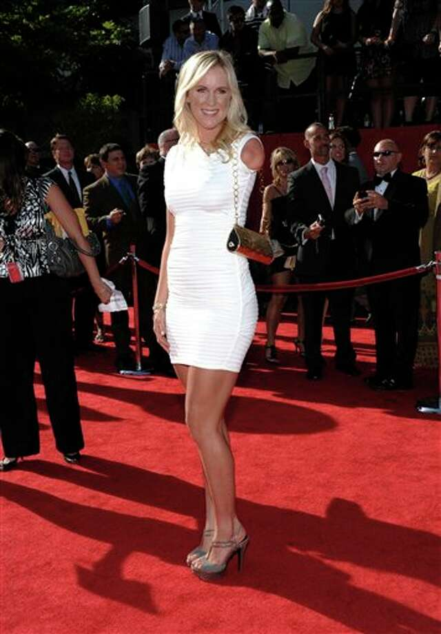 Bethany Hamilton arrives at the ESPY awards on Wednesday, July 13, 2011, in Los Angeles. (AP Photo/Dan Steinberg) Photo: Associated Press