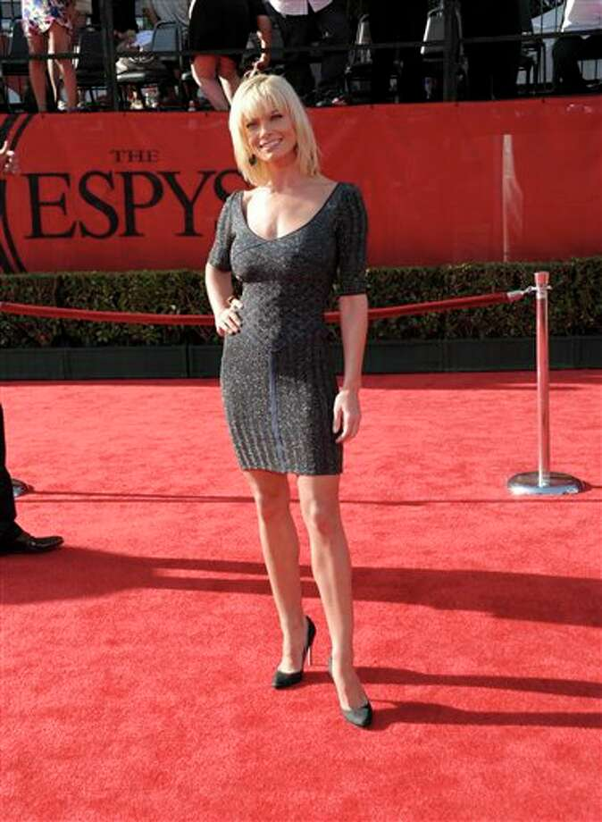 Actress Jaime Pressly arrives at the ESPY awards on Wednesday, July 13, 2011, in Los Angeles. (AP Photo/Dan Steinberg) Photo: Associated Press