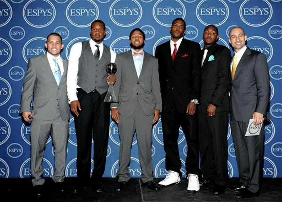The Virginia Commonwealth University basketball team poses backstage after accepting the award for Best Upset at the ESPY awards on Wednesday, July 13, 2011, in Los Angeles. (AP Photo/Dan Steinberg) Photo: Associated Press