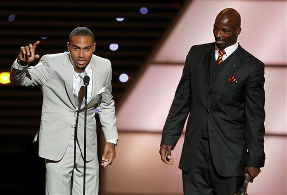 L to R, Philadelphia Eagles DeSean Jackson and LeSean McCoy accept the award for Best Game at the ESPY Awards on Wednesday, July 13, 2011, in Los Angeles. (AP Photo/Matt Sayles) Photo: Associated Press