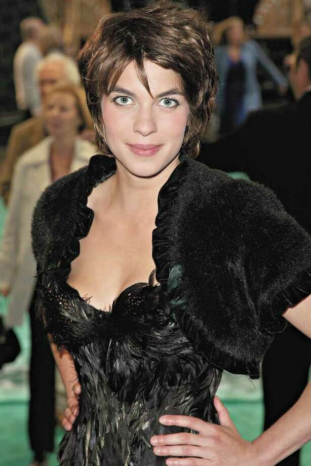 Interview: Natalia Tena | ArtSlut