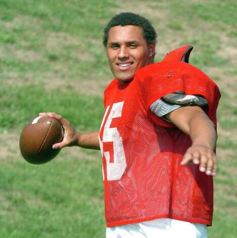 Kevin Maxen, 17, of Southbury High School practices September 1, 2010. Photo: Chris Ware