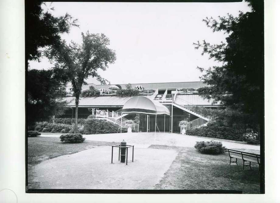 A look at the clubhouse from outside on Aug. 28, 1940. (Courtesy of Saratoga Springs Historical Museum, George S. Bolster collection)