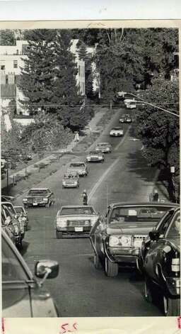 The traffic builds on Aug. 21, 1978 in Saratoga Springs. Not sure what street this is. (Ray Summers/Times Union)