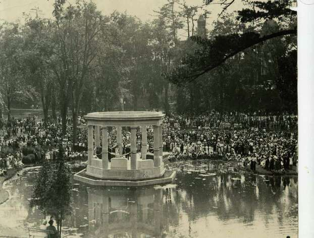 A War Memorial structure is dedicated in the Spa's Congress Park in front of a hefty crowd on July 13, 1931.  (Times Union Archives)