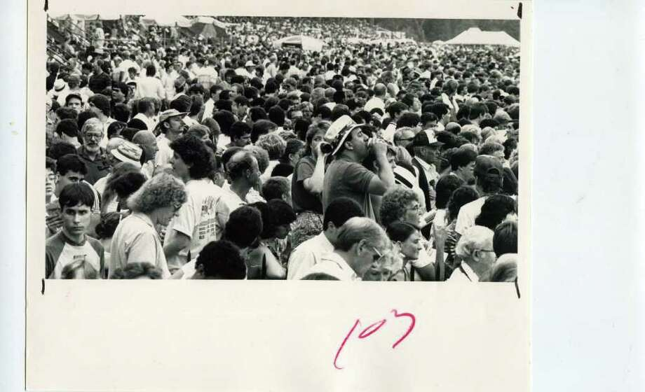 The crowd jams onto the apron at the Spa to get a better look at the races on Aug. 2, 1986. (Jack Madigan/Times Union)