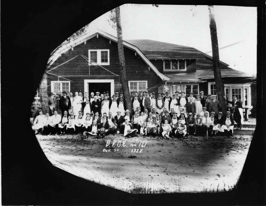 PHOTO COURTESY OF THE GEORGE S. BOLSTER COLLECTION OF THE HISTORICAL SOCIETY OF SARATOGA SPRINGS--EMPLOYEES OF THE ARROWHEAD INN, ARROWHEAD ROAD, SARATOGA LAKE. THE INN BURNED IN 1969. Photo: SEE CAPTION FOR CREDIT / SEE CAPTION FOR CREDIT
