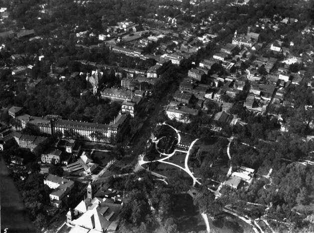 Photo Courtesy of the George S. Bolster Collection of the Historical Society of Saratoga Springs -- Photographer,  H.B. Settle -- Broadway and surronunding area in this 1925 photo. Shows the important hotels on Broadway, including the Grand Union, in the middle left with the United State just above. Photo: UNKNOWN / GEORGE S. BOLSTER COLLECTION
