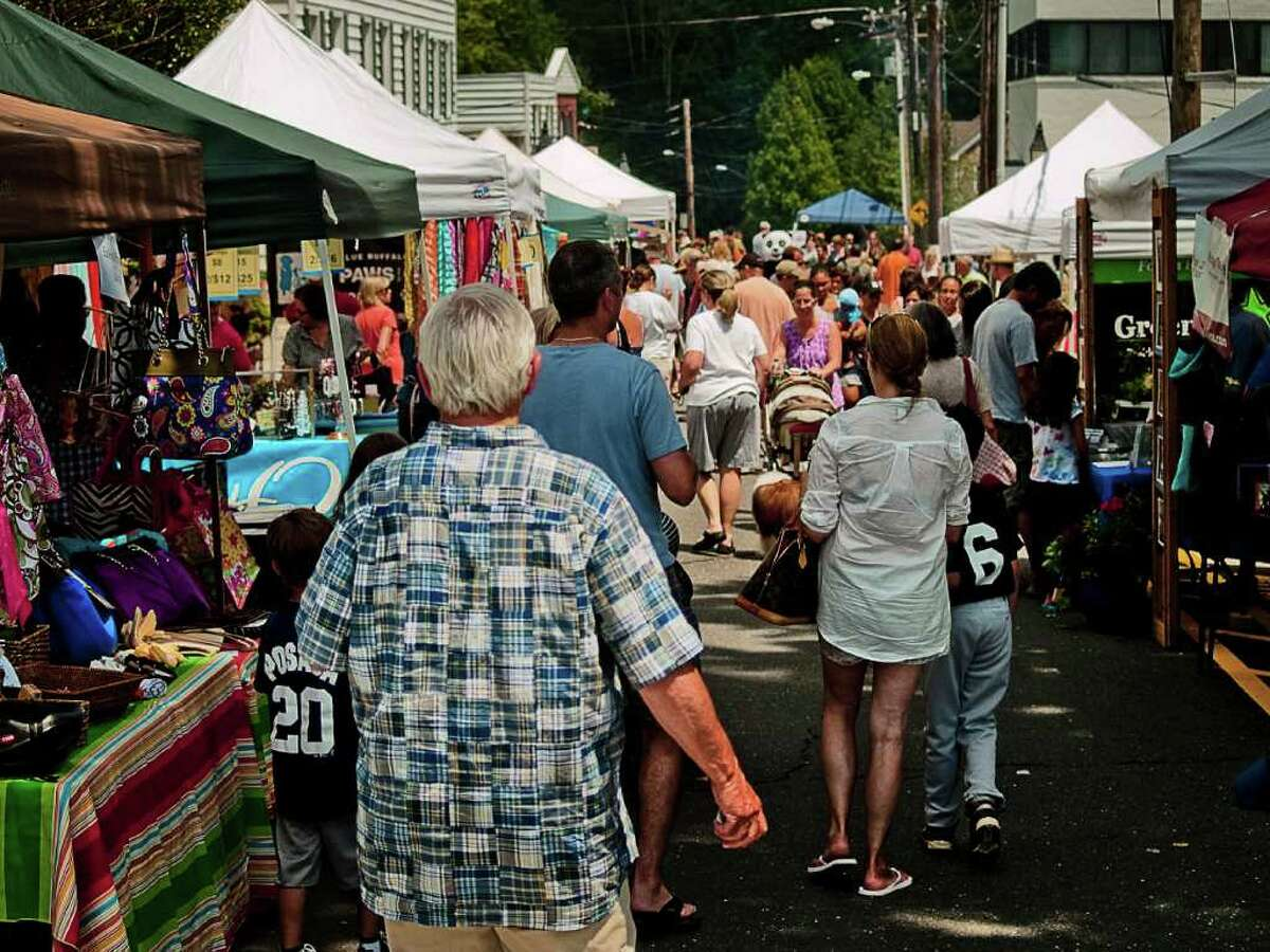 Ridgefield's Summer Fest on July 16 filled Main St. and Bailey Ave. with vendors, performers and locals. The festivities moved into Ballard Park in the evening with performances by Sgt. Leffert's Phony Hearts Club Band, local cover-band Fog and The Wiyos.