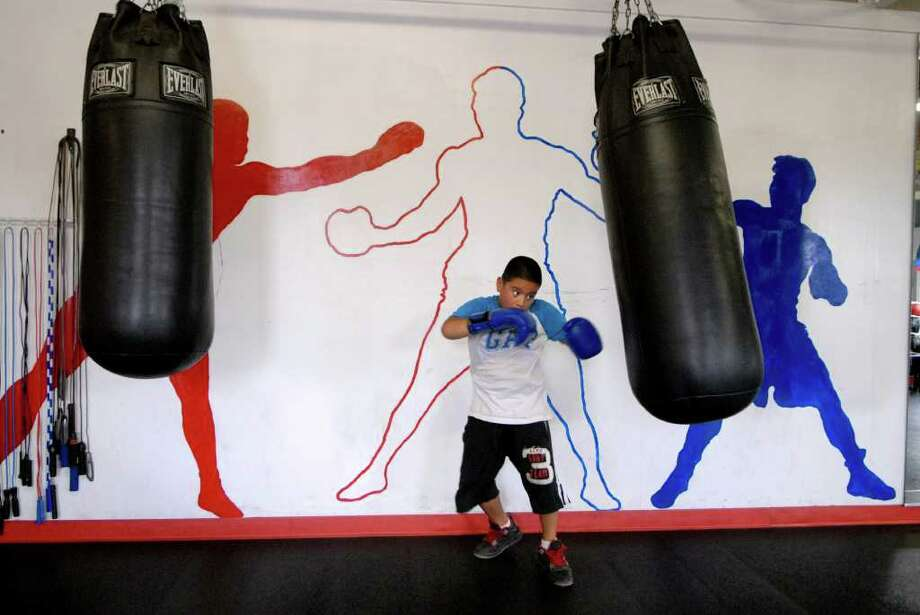 Danny villacis ( 10 ) works out at Montalvo's Boxing Gym in Stamford, Conn. on Monday July 18, 2011. Photo: Dru Nadler / Stamford Advocate Freelance