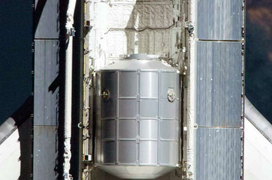 the space shuttle program began when the flue on april 12 1981 - photo #30