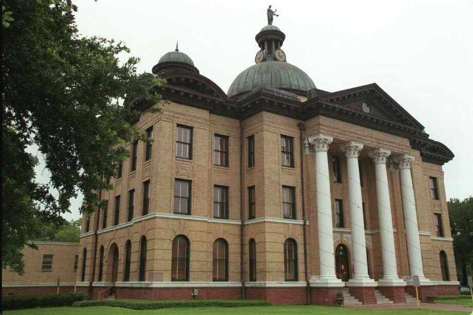 CONTACT FILED:  FORT BEND COUNTY-TEXAS-COURTHOUSE 7/16/02--Television and commercial producers set their focus on the Fort Bend County Courthouse's 240th District Court room in some recent productions, photographed Tuesday afternoon, July 16, 2002, in Richmond, Texas. (Kevin Fujii/Chronicle)  HOUCHRON CAPTION (07/29/2002):  With a look that transcends eras, the Fort Bend County Courthouse has attracted television producers. Photo: Kevin Fujii, Staff / Houston Chronicle