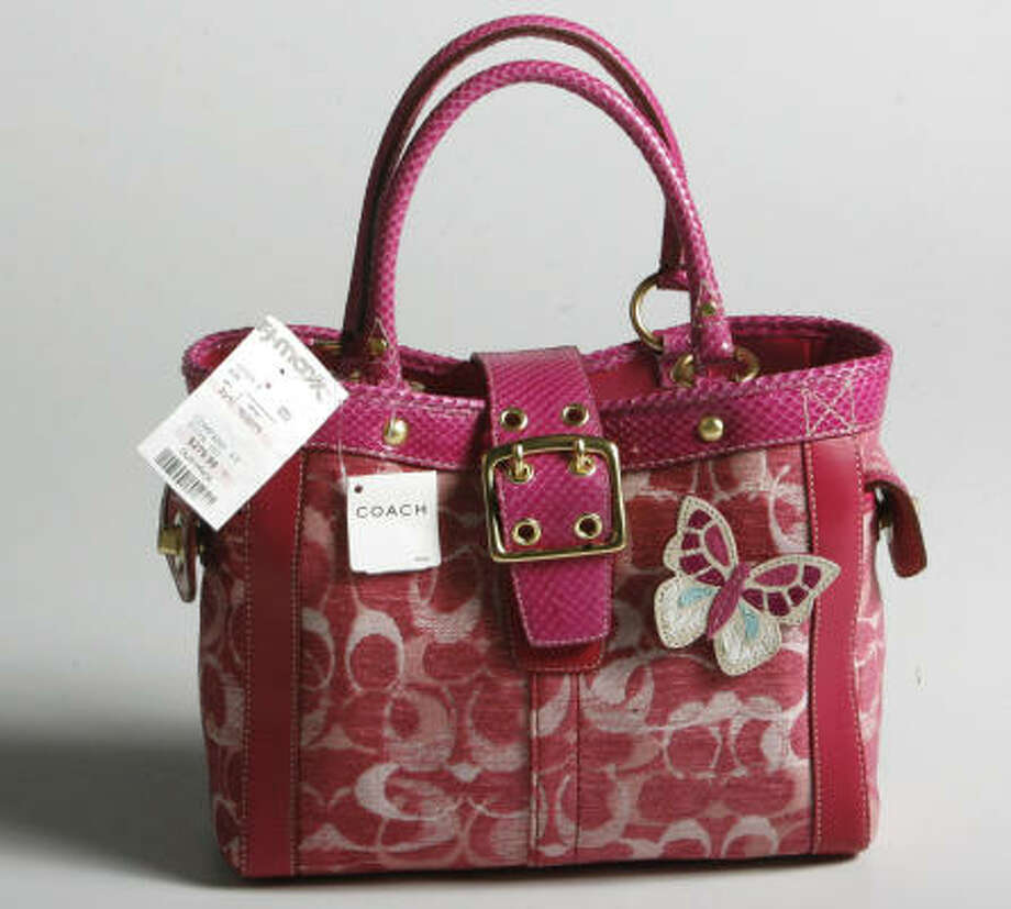 A Coach purse bought in early October at TJ Maxx. Photo: Mayra Beltran, Chronicle