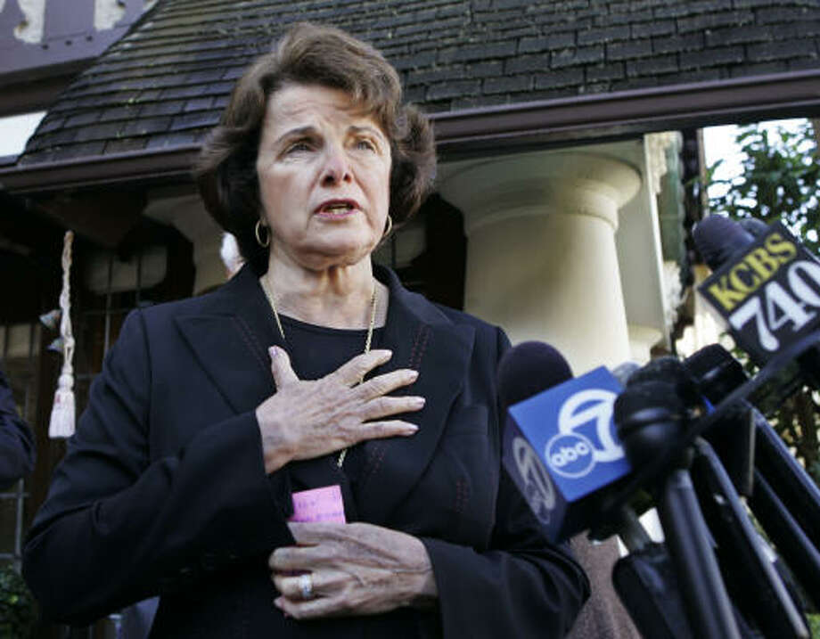 Sen. Dianne Feinstein, D-Calif., and Sen. Jeff Sessions, R-Ala., introduced a bill Thursday to allow victims to seek restitution when a defendant convicted of a crime dies before his appeals have been completed. Photo: PAUL SAKUMA, AP