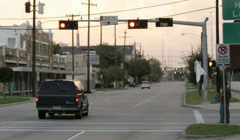 Red-light cameras clicking most in Clear Lake - Houston
