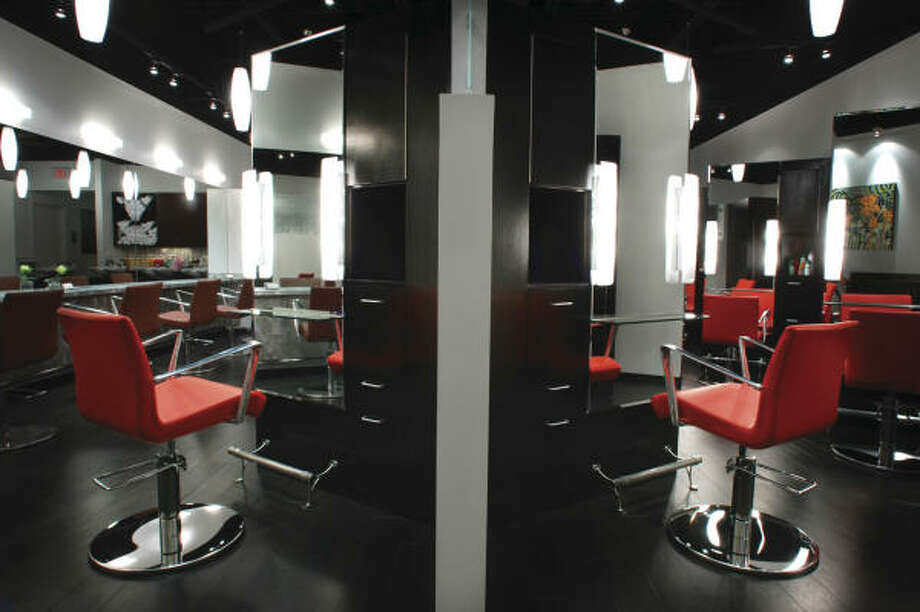 Award-winning Kharisma Hair Studio, with interior design by Sandra Haltner of Haltner & Associates. Photo: ASID