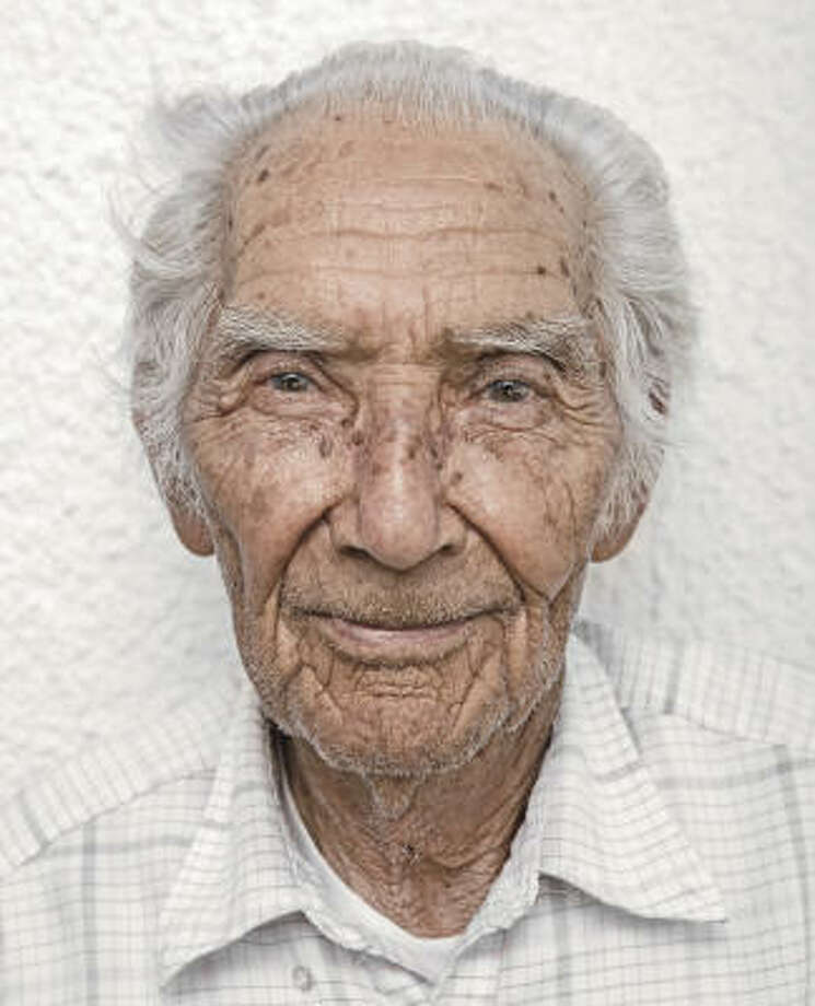 Eduardo Salmon: WWII vet. Catholic. Texan. Photo: Randal Ford, The Amazing Faith Of Texas