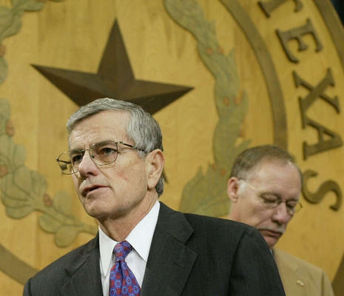 The Democratic gains and the loss of some of his leadership team made Texas House Speaker Tom Craddick, R-Midland, look vulnerable to a challenge.
