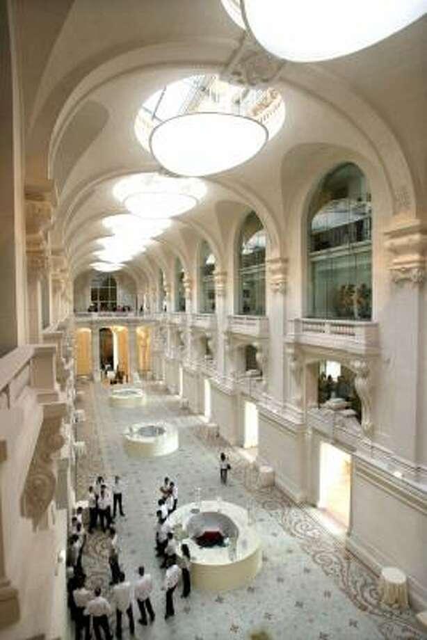 Paris Museum Of Decorative Arts Reopens Houston Chronicle
