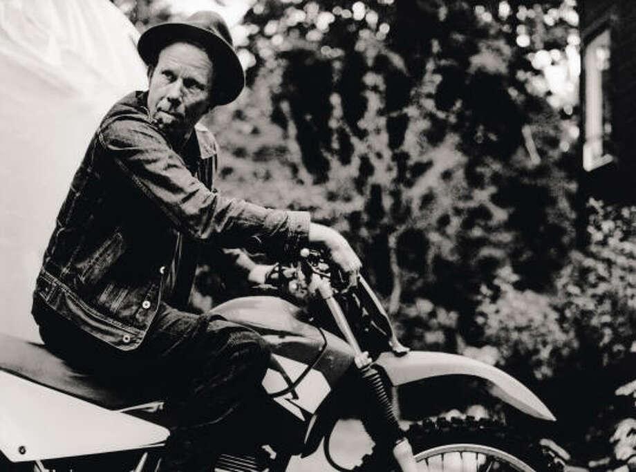 Tom Waits rides a wave of success. Photo: Anton Corbijn