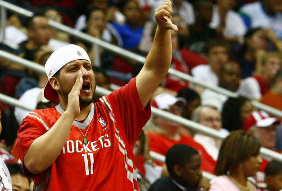 Rockets fans were less than pleased with the team's decisions on draft day. Photo: Steve Ueckert, Chronicle