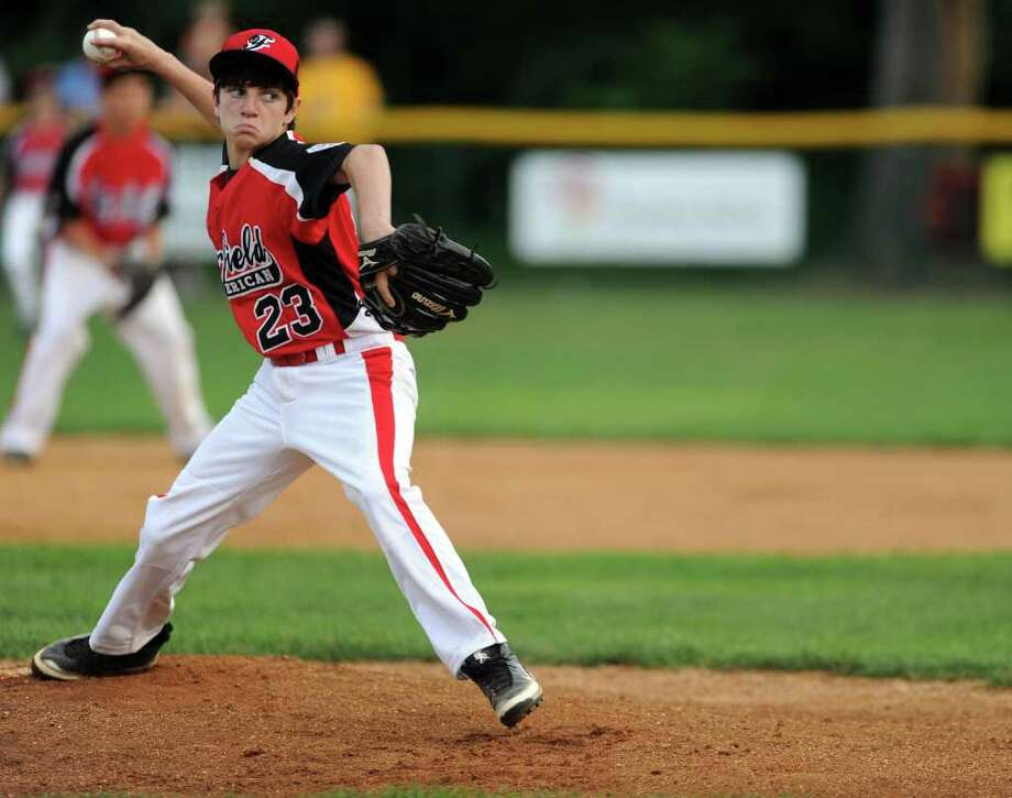 Jack Oricoli pitches during Wednesday's Little League sectional game in Orange on July 20, 2011. Photo: Lindsay Niegelberg / Connecticut Post