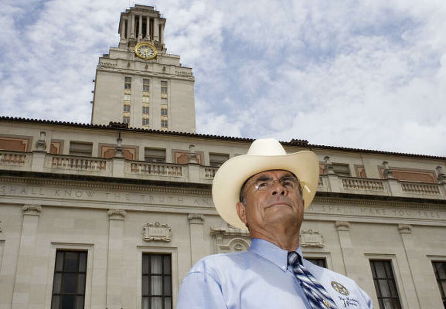 Former Austin Police Officer and Texas Ranger Ray Martinez stands in front of the University of Texas Tower in Austin. Martinez and another officer are credited with killing the UT Tower sniper. Photo: BRIAN HOLLINGSWORTH, AP File