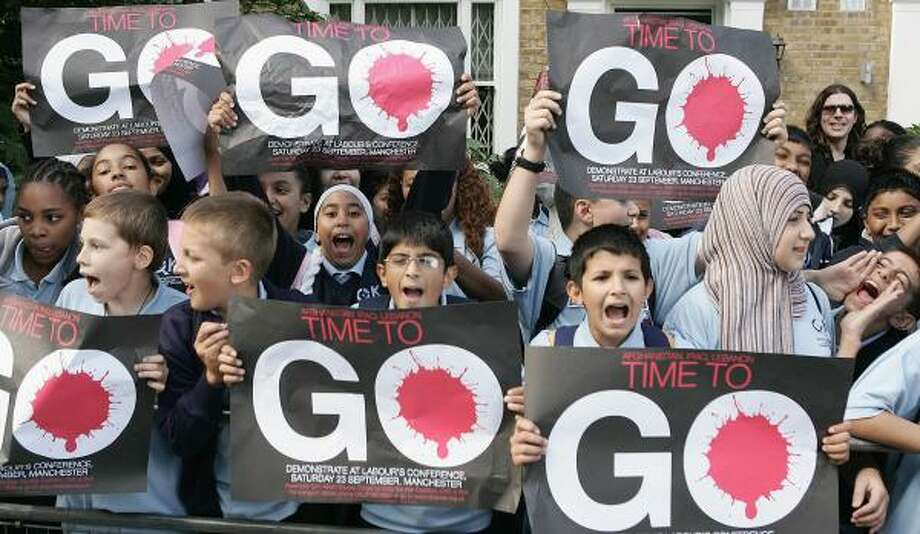 Unlike Alvin pupils, Quintin Kynaston School Students protest ahead of a visit by Prime Minister Tony Blair to their school in London. Photo: Peter Macdiarmid, Getty Images