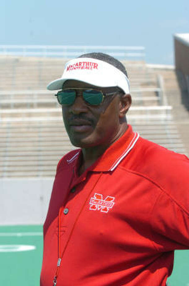 MacArthur football head coach Jerry Drones. Photo: Eddy Matchette, For The Chronicle