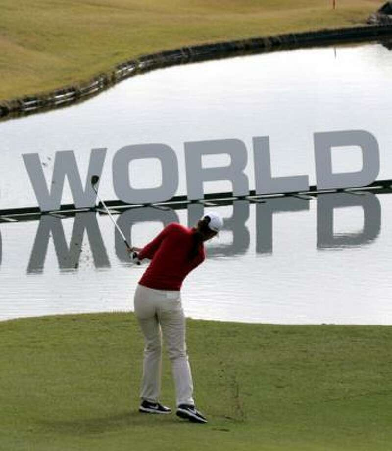 Michelle Wie hits toward the 16th hold in at the Casio World Open. Photo: YURIKO NAKAO, REUTERS