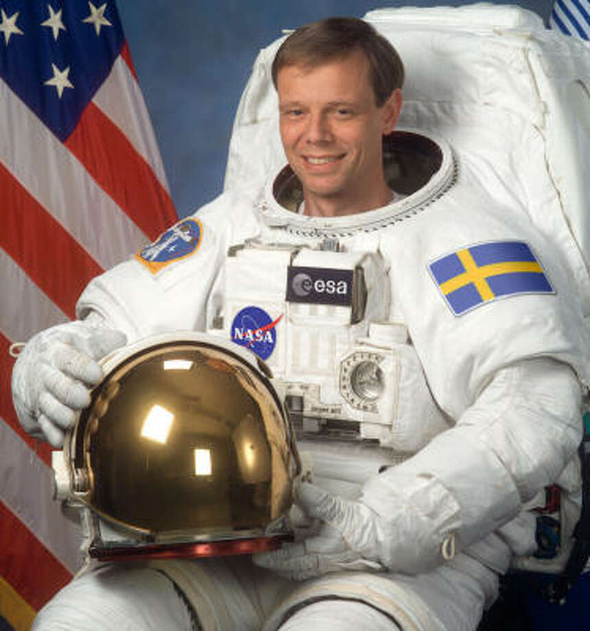 Awty dad Christer Fuglesang has been in space since Dec. 9 as a mission specialist with Space Shuttle Mission STS-116.