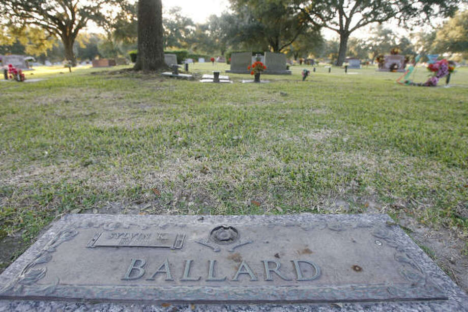 A burial plot near where Sylvin K. Ballard, whom Wendy Ballard called her husband, rests could become a final resting spot for the woman. Her body is still at the Harris County Medical Examiner's Office. Photo: James Nielsen, Chronicle
