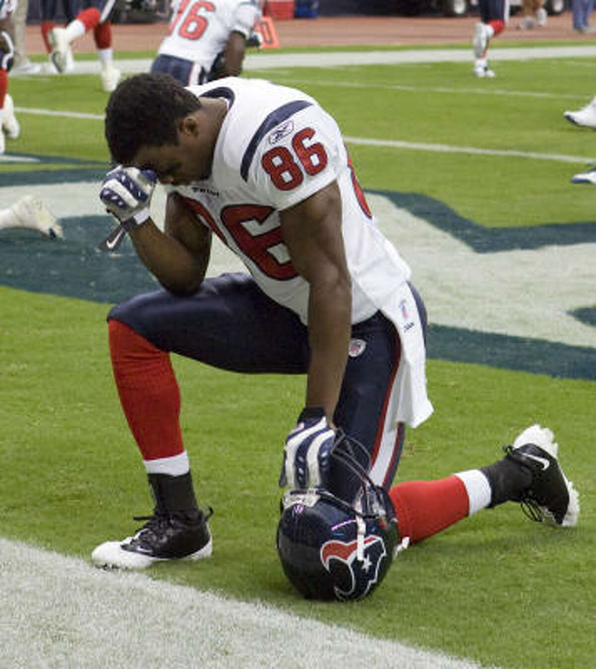Texans wide receiver Harry Williams was injured and carted off with a brace on his neck during the first half of the team's third preseason game against the Dallas Cowboys.