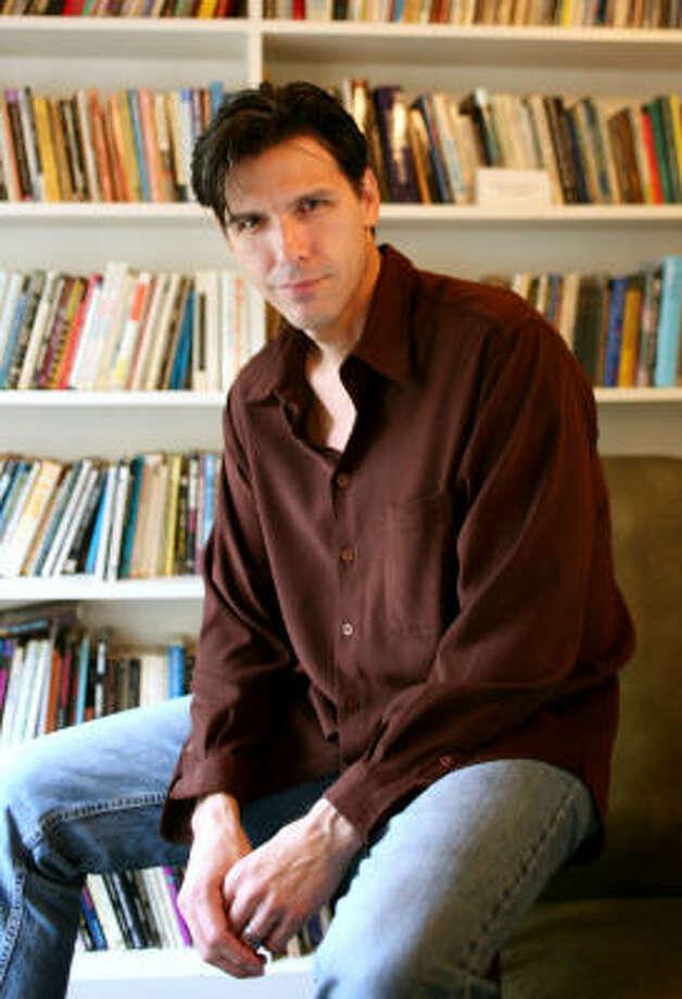 Oscar Casares Photo: Benjamin Sklar :, For The Chronicle
