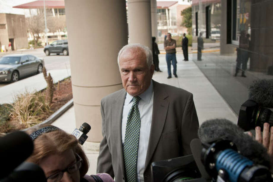 Commissioner Jerry Eversole, appearing at the federal courthouse Monday, is accused of taking nearly $100,000 in cash and gifts from a developer. Eversole says he is innocent. Photo: Michael Paulsen, Chronicle