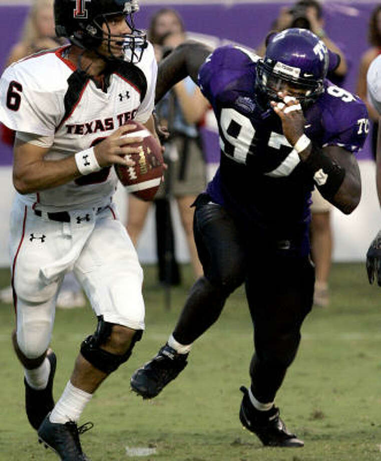 Defensive lineman Tommy Blake (97) is expected to play for TCU in Austin on Saturday. Photo: LM OTERO, AP