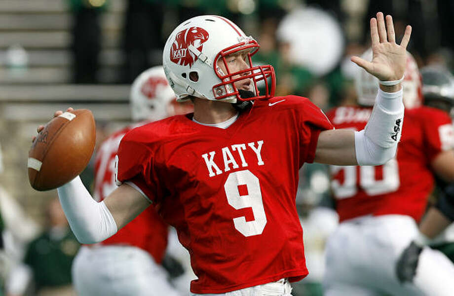 Katy quarterback Bo Levi Mitchell has decided to follow coach June Jones to SMU and play football for the Mustangs. Photo: Diana L. Porter, For The Chronicle