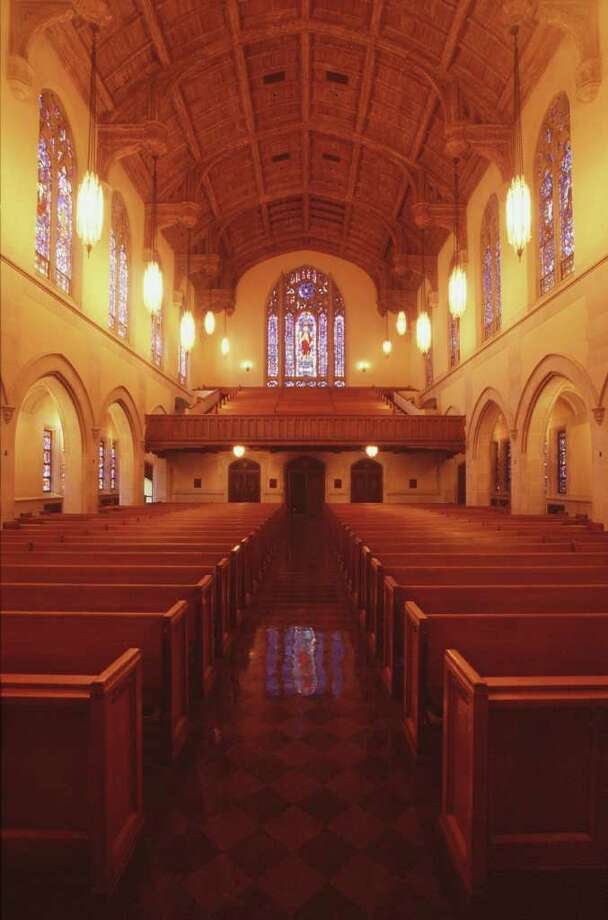 ST. PAUL'S UNITED METHODIST CHURCH  --  St. Paul's United Methodist Church, at 5301 Main, Thursday afternoon, Novmber 29, 2001. The church is elegant and distinctive in its English Gothic design. (Smiley N. Pool/Chronicle) 11/29/01 FOR TEXMAG STORY BY RICHARD VARA ON 'SACRED SITES' Photo: Smiley N. Pool, Staff / Houston Chronicle
