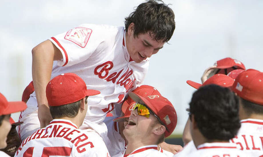 The Bellaire Cardinals hope to celebrate another state baseball title this weekend. Photo: Bob Levey, For The Chronicle