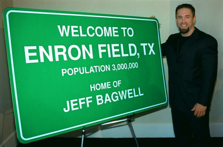 Some things in life come and go, but the memory of Jeff Bagwell as a steady, dependable, hard-working baseball player will be an enduring one. Photo: Steve Ueckert, Chronicle