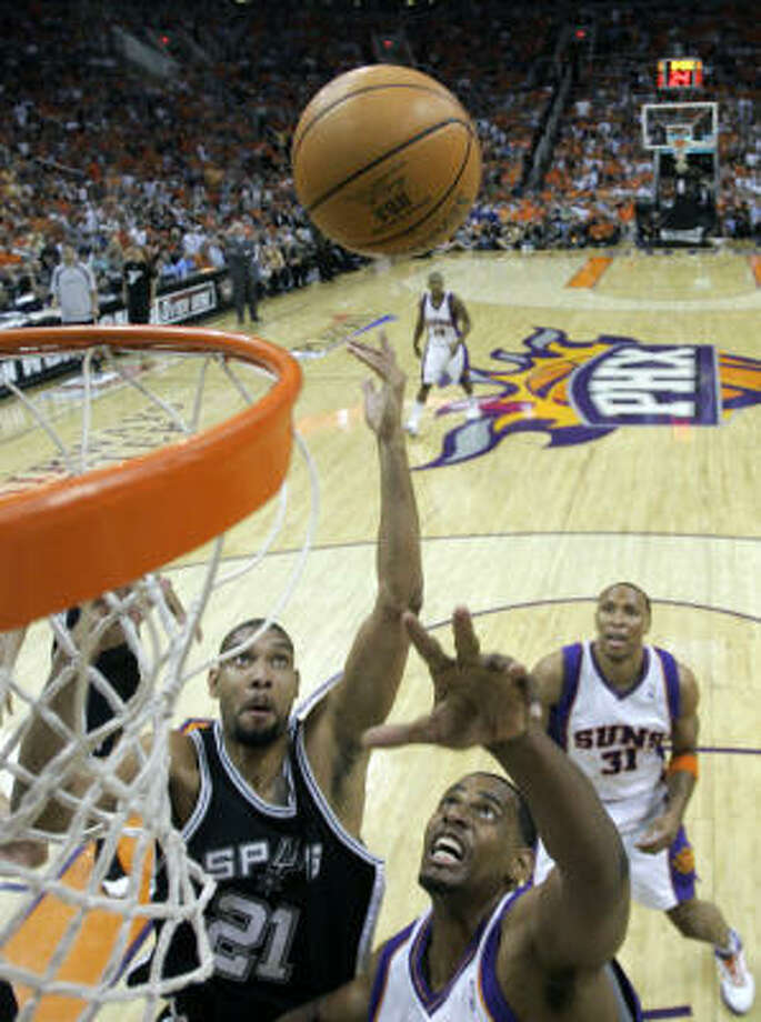 It took everything Tim Duncan and the Spurs had to beat the short-handed Suns, but San Antonio has the chance to close out the series at home. Photo: Ross D. Franklin, AP