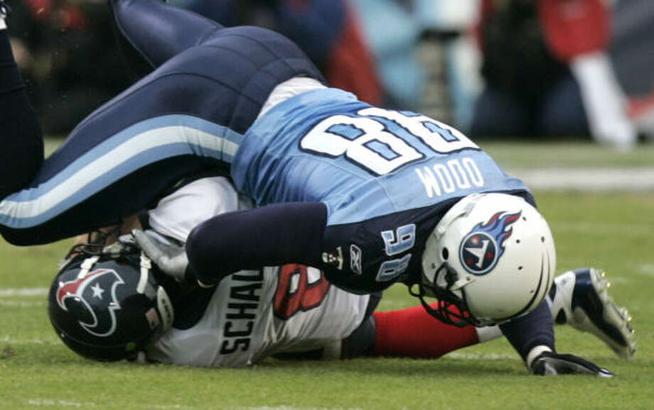 Playing the Titans has usually been rough for the Texans, as Matt Schaub can attest from last December's game. Photo: Brett Coomer, Chronicle