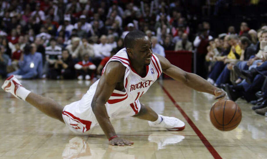 Rockets forward Carl Landry was in a jovial mood at practice nearly two weeks after suffering a gunshot wound. Photo: Eric Kayne, Houston Chronicle