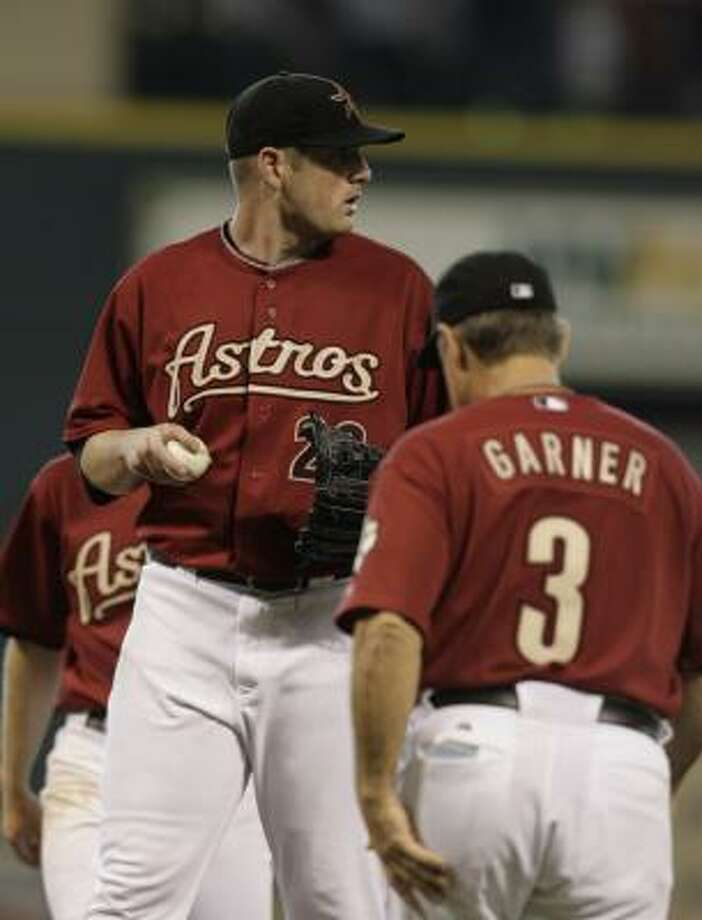Jason Jennings, left, was acquired to ease the sting of losing Roger Clemens and Andy Pettitte. So far, the sting remains. Photo: KAREN WARREN, CHRONICLE