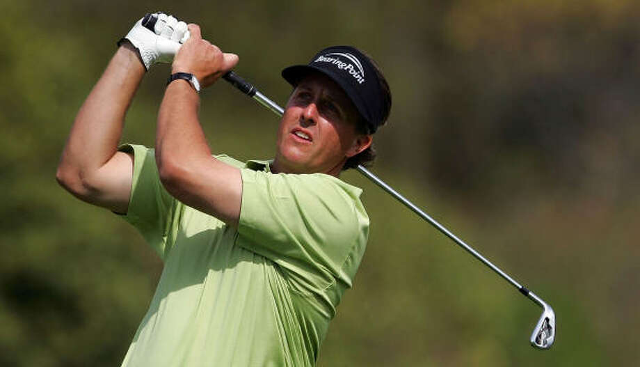 Phil Mickelson fell short in his bid for a second straight win. Photo: Jeff Gross, Getty Images